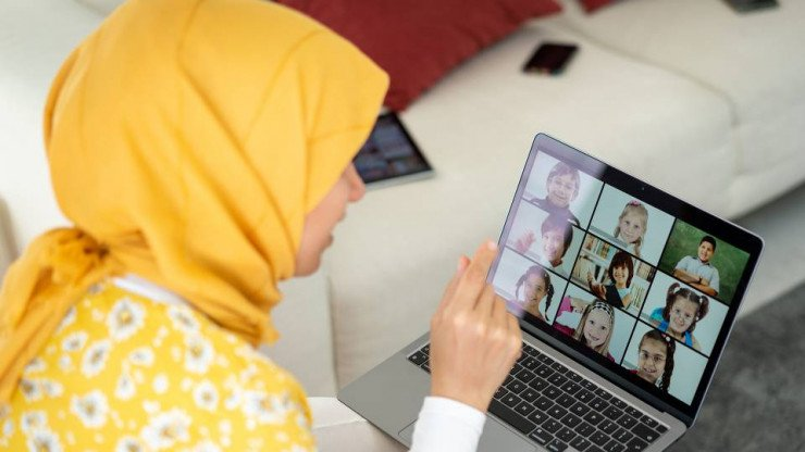 What Makes A Good Online Islamic School: 6 Tips To Consider