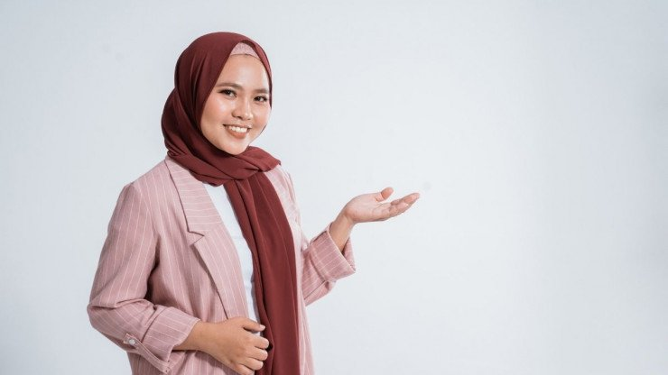 How To Become An Online Islamic Tutor? 9 Important Requirements